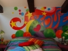 love-bedroom-graffiti