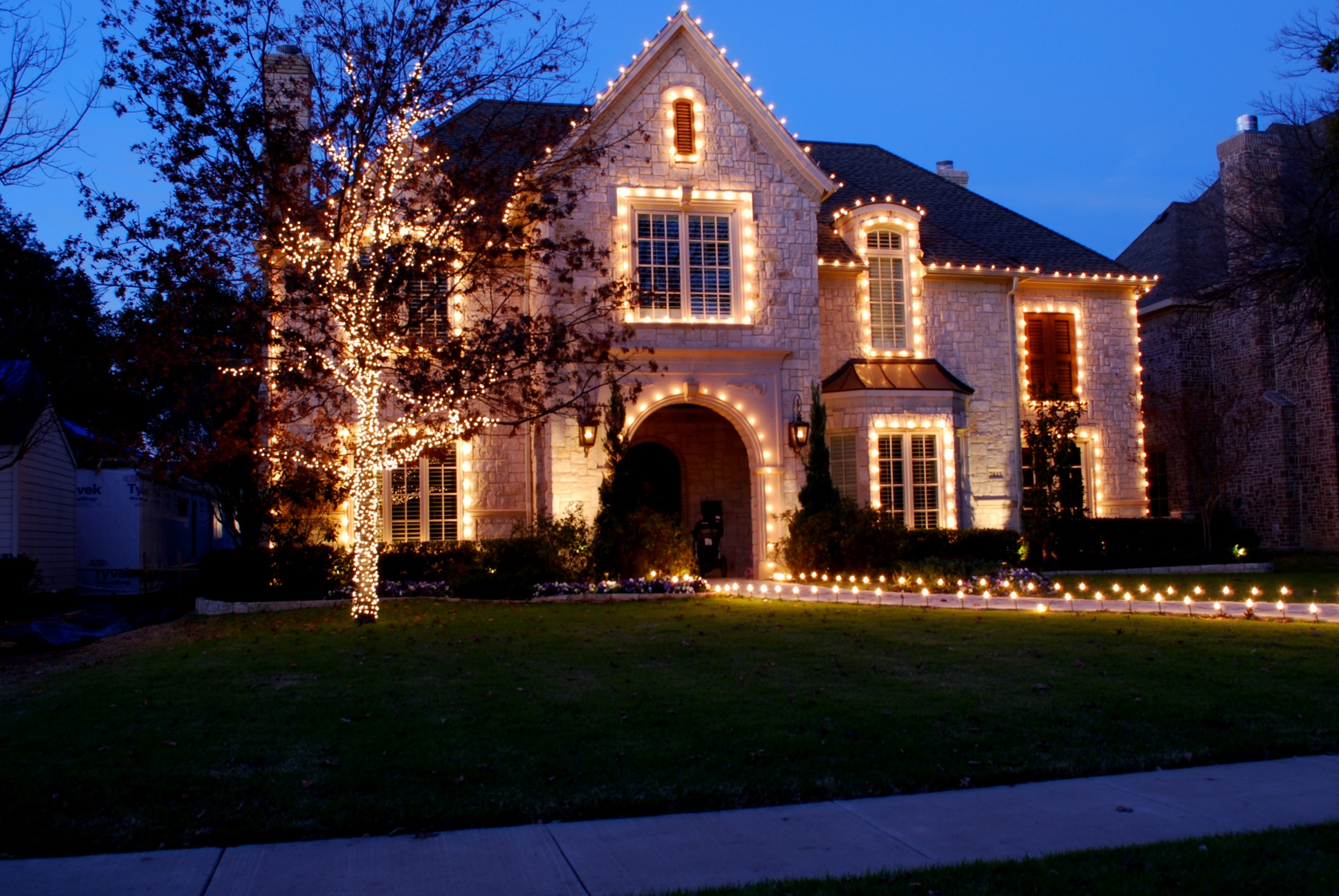 christmas house lighting ideas. 28 best exterior christmas lighting uk images on pinterest ideas time and white house