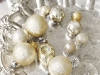 metallich-white-christmas-ornament