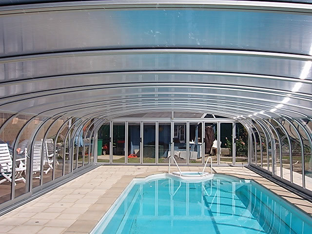 swimming-pool-enclosures-BGR-010