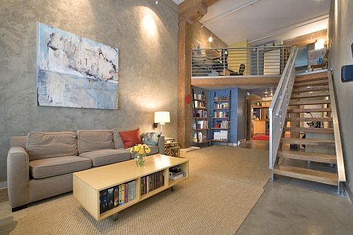 Abstract paint in a classic loft