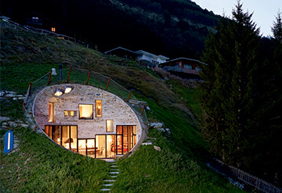 Magnificent Underground House 560 x 384 · 234 kB · jpeg